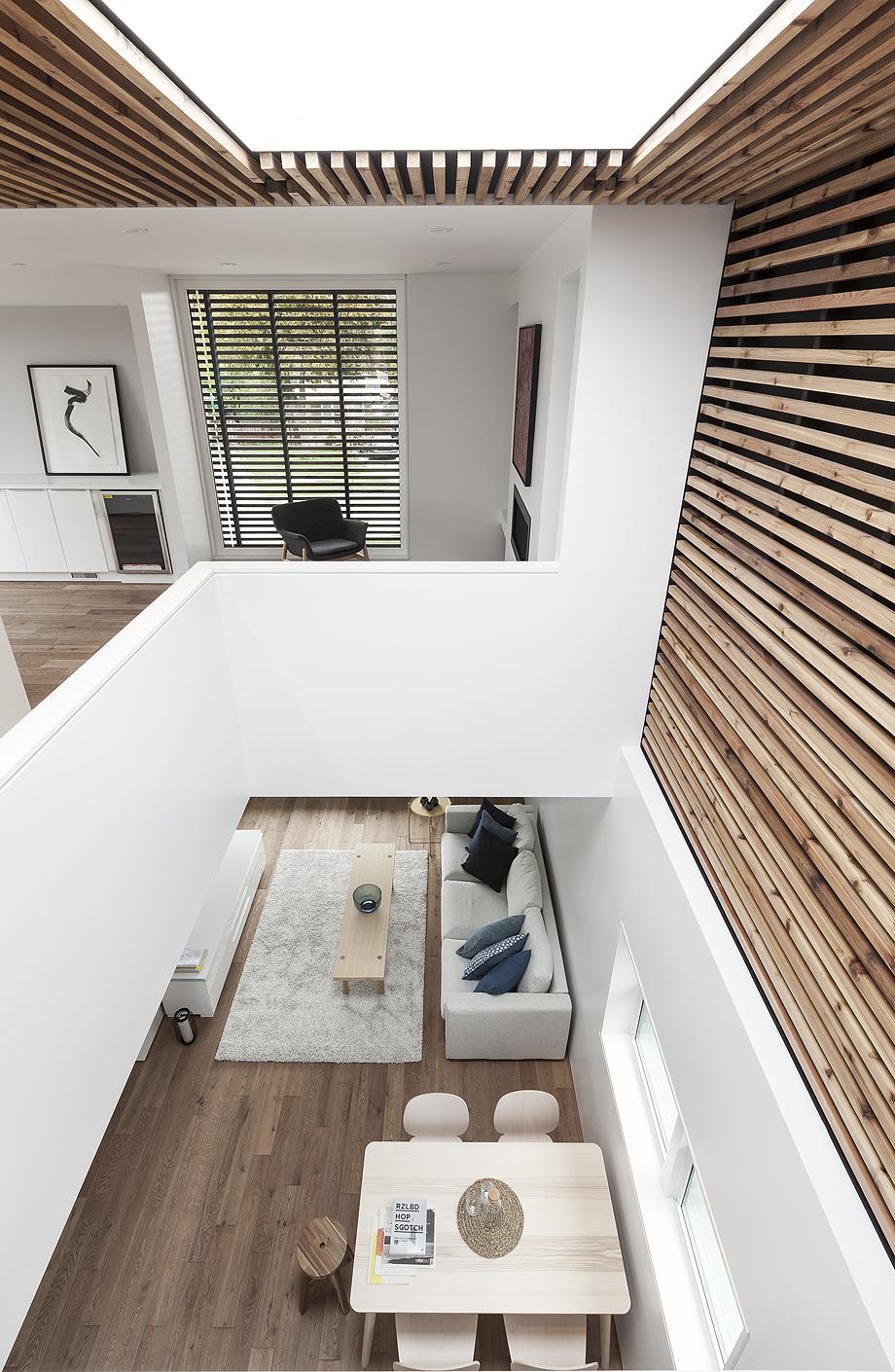 La Casa Volteada Del Arquitecto Reza Aliabadi # Muebles Pepe Jesus Vecindario