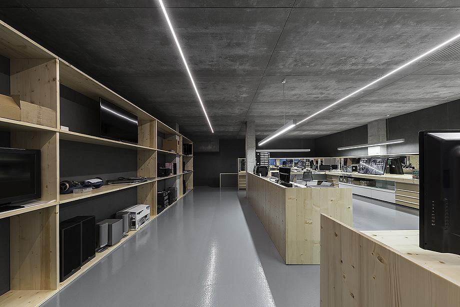 centro reparacion electrodomesticos por nan arquitectos (16)