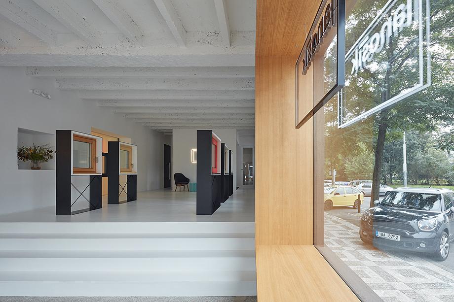 showroom janosik de mjolk architects (10)
