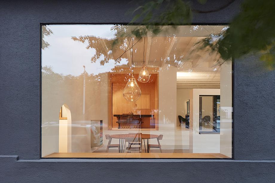 showroom janosik de mjolk architects (2)
