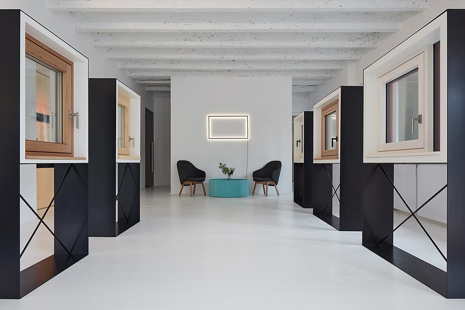 showroom janosik de mjolk architects (9)