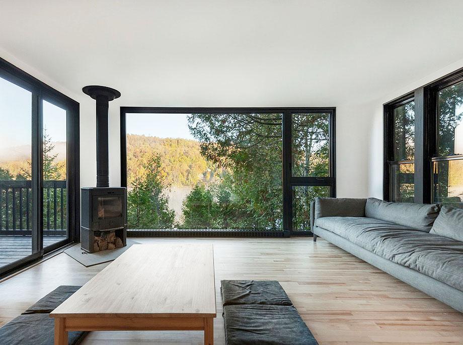 reforma de una casa en la montaña por jean verville (2)