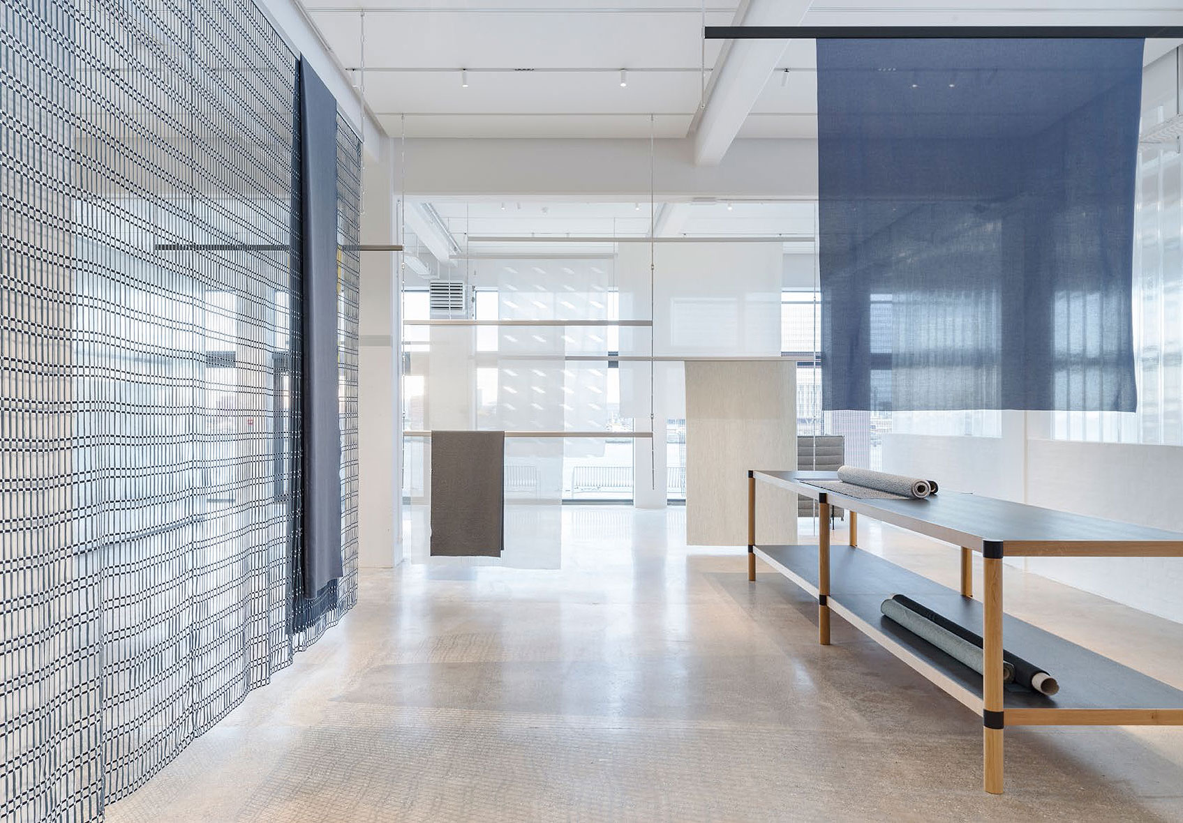 Studio bouroullec dise a el nuevo showroom de kvadrat - Disena studio ...