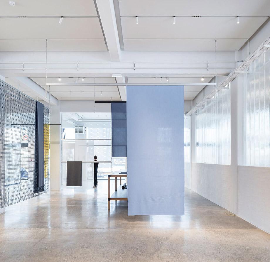 showroom kvadrat en copenhague por studio bouroullec (7)