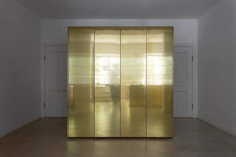 apartamento en gris y oro de richard lindvall (1)