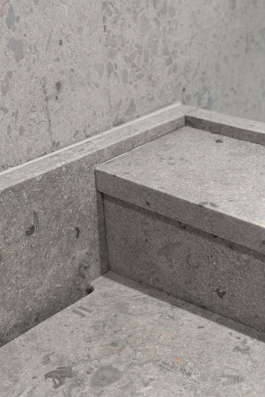 apartamento en gris y oro de richard lindvall (12)