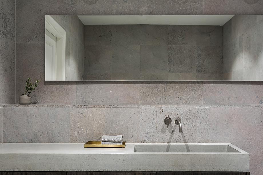 apartamento en gris y oro de richard lindvall (16)