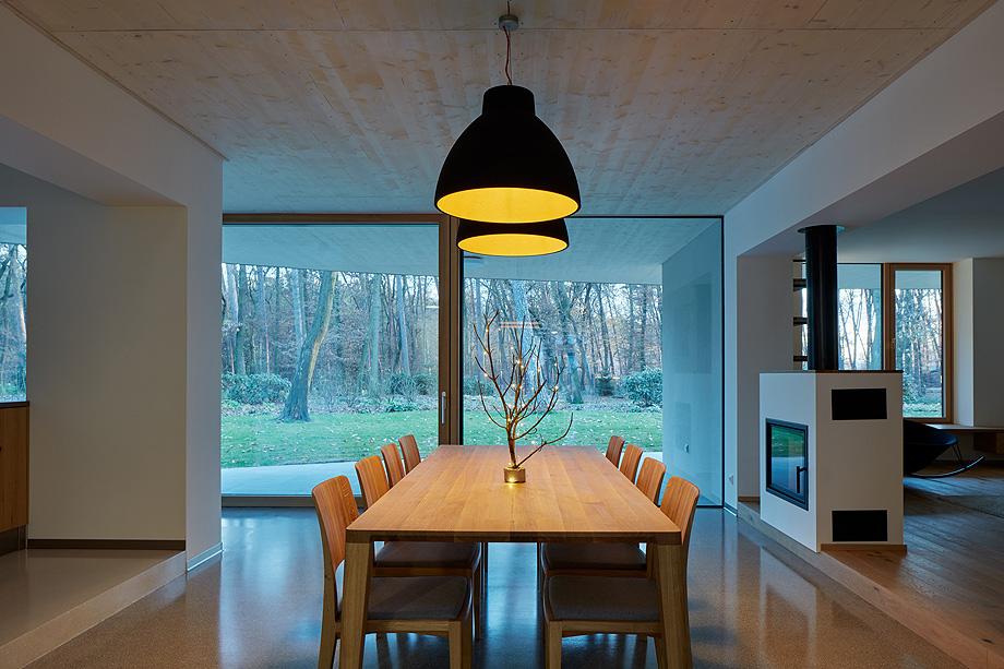 casa unifamiliar en la republica checa de mjolk architects (11)