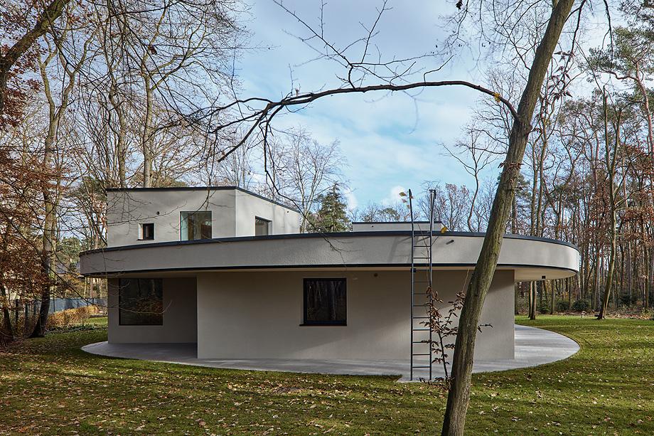 casa unifamiliar en la republica checa de mjolk architects (3)