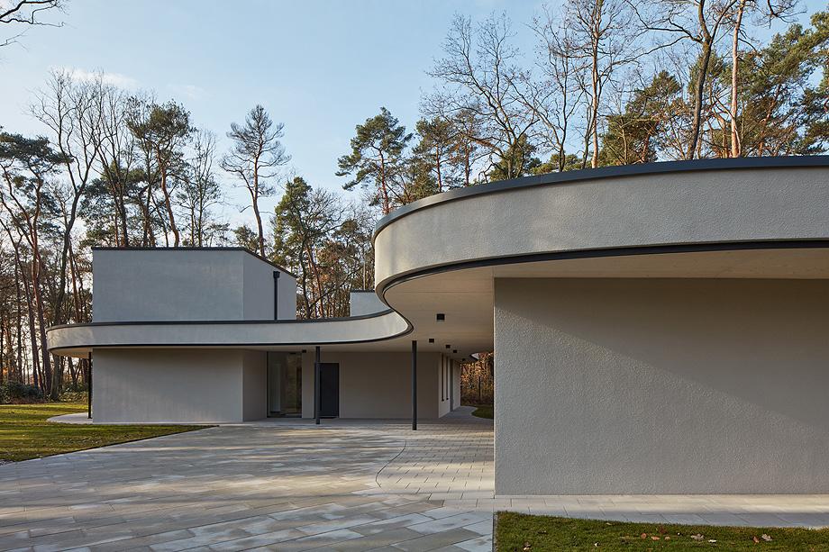 casa unifamiliar en la republica checa de mjolk architects (6)