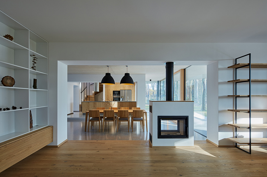 casa unifamiliar en la republica checa de mjolk architects (8)