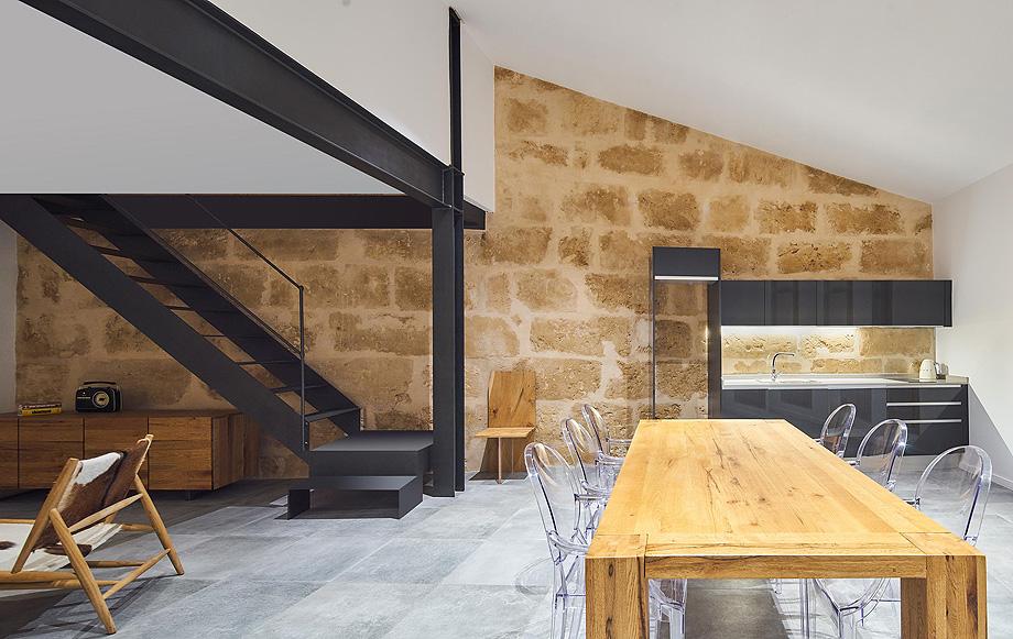 loft en el casco antiguo de alcudia por minimal studio (13)