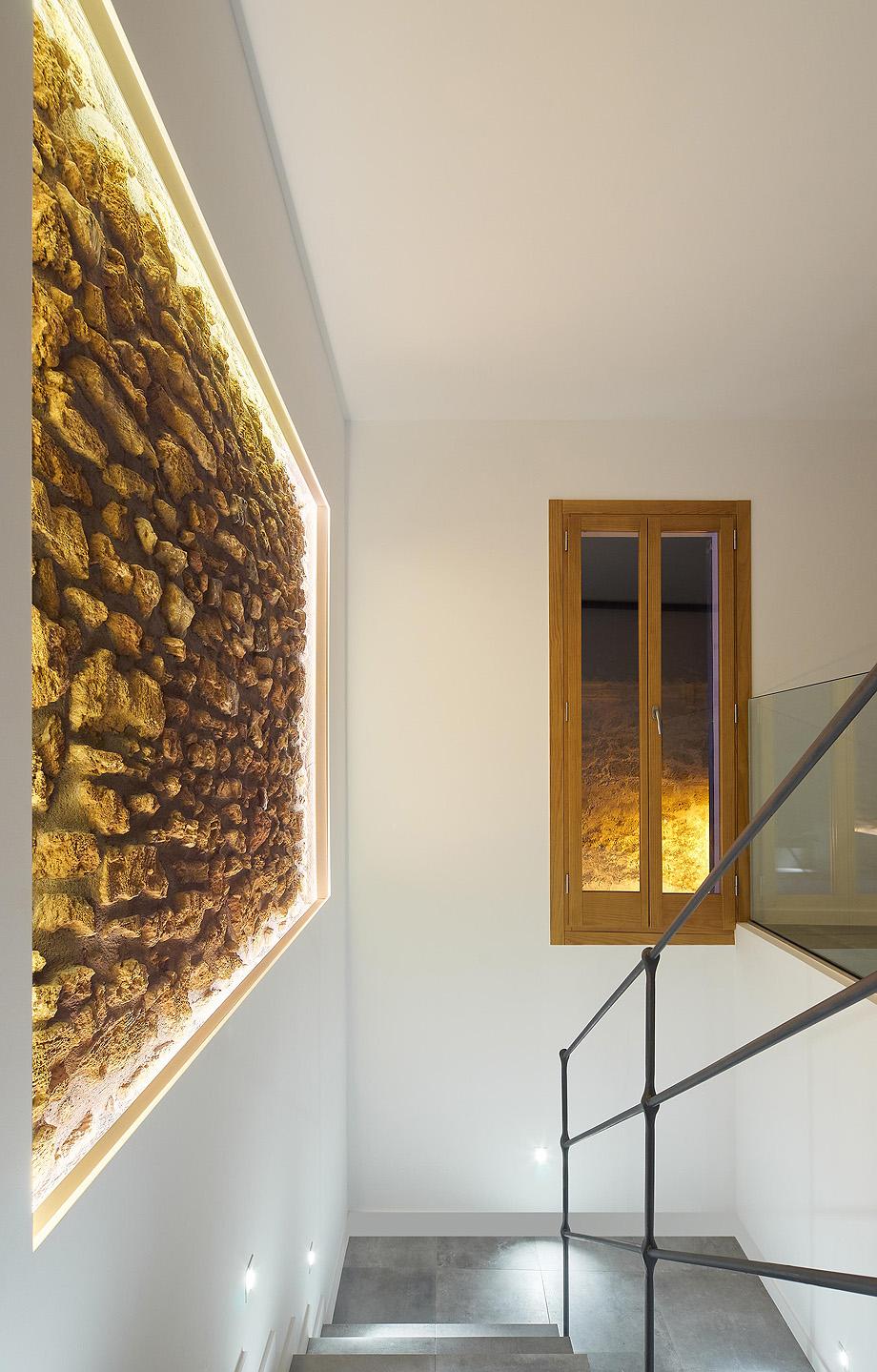loft en el casco antiguo de alcudia por minimal studio (15)