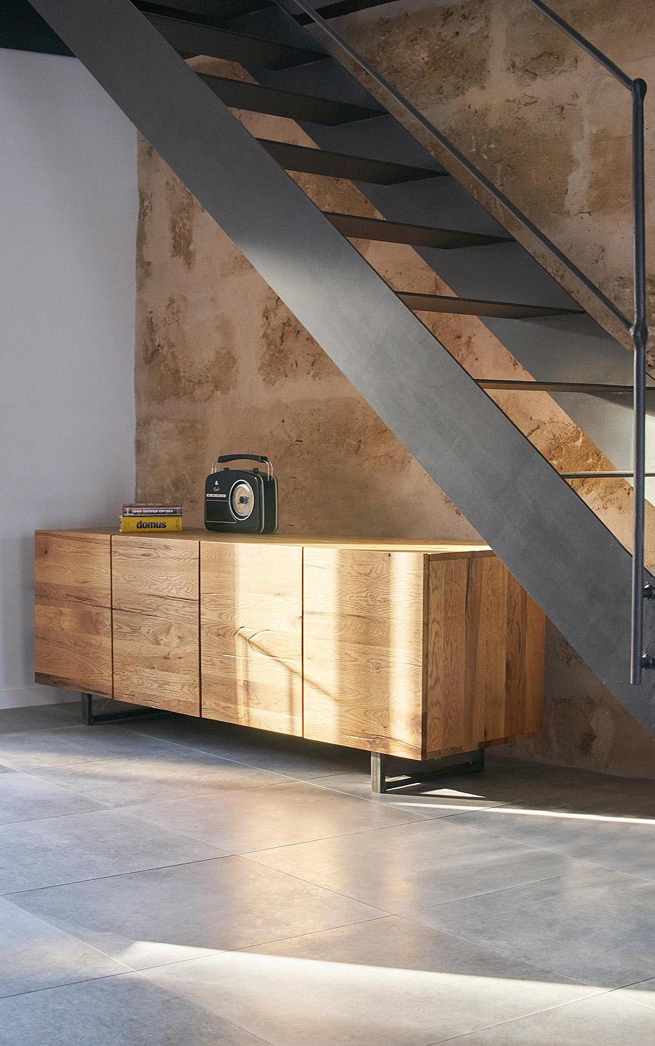 loft en el casco antiguo de alcudia por minimal studio (5)