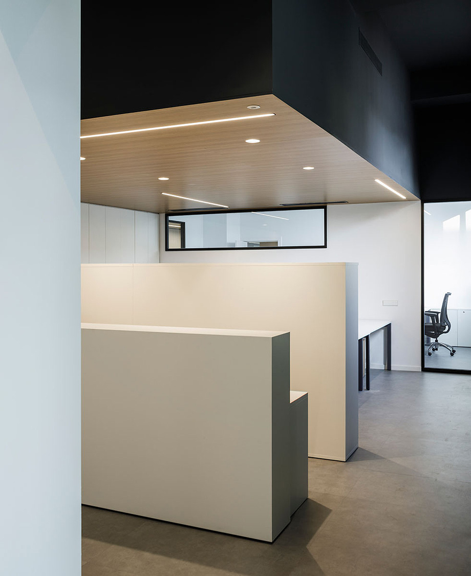 oficinas ilerna de alfred garcia gotos (4)