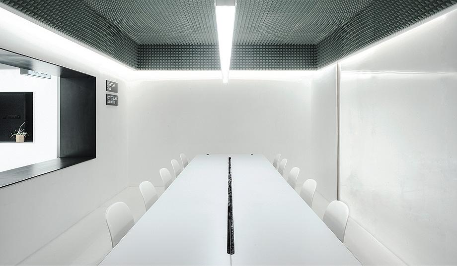 oficinas productora firtscry de rigi design (17)