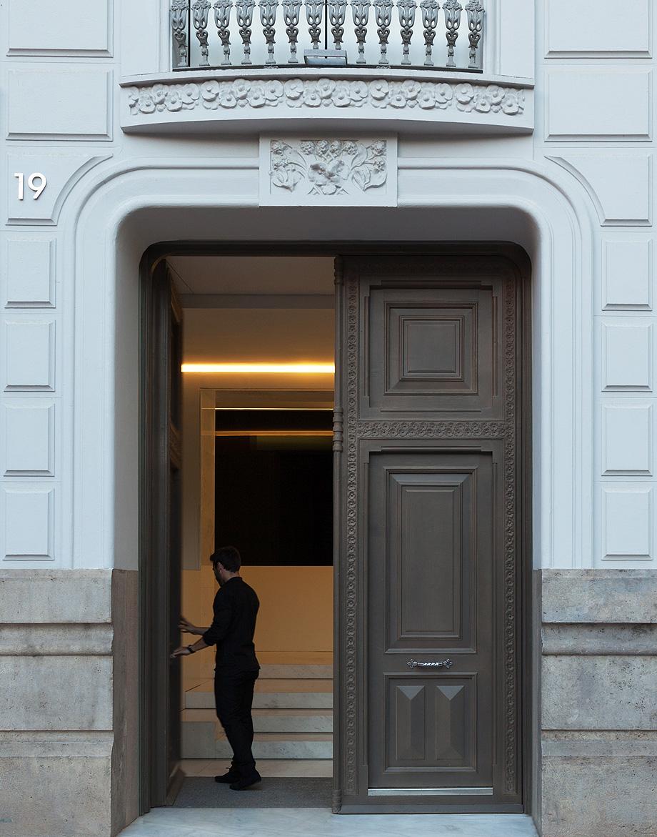 edificio de oficinas 1905 por fran silvestre y alfaro hoffman - foto diego opazo (2)