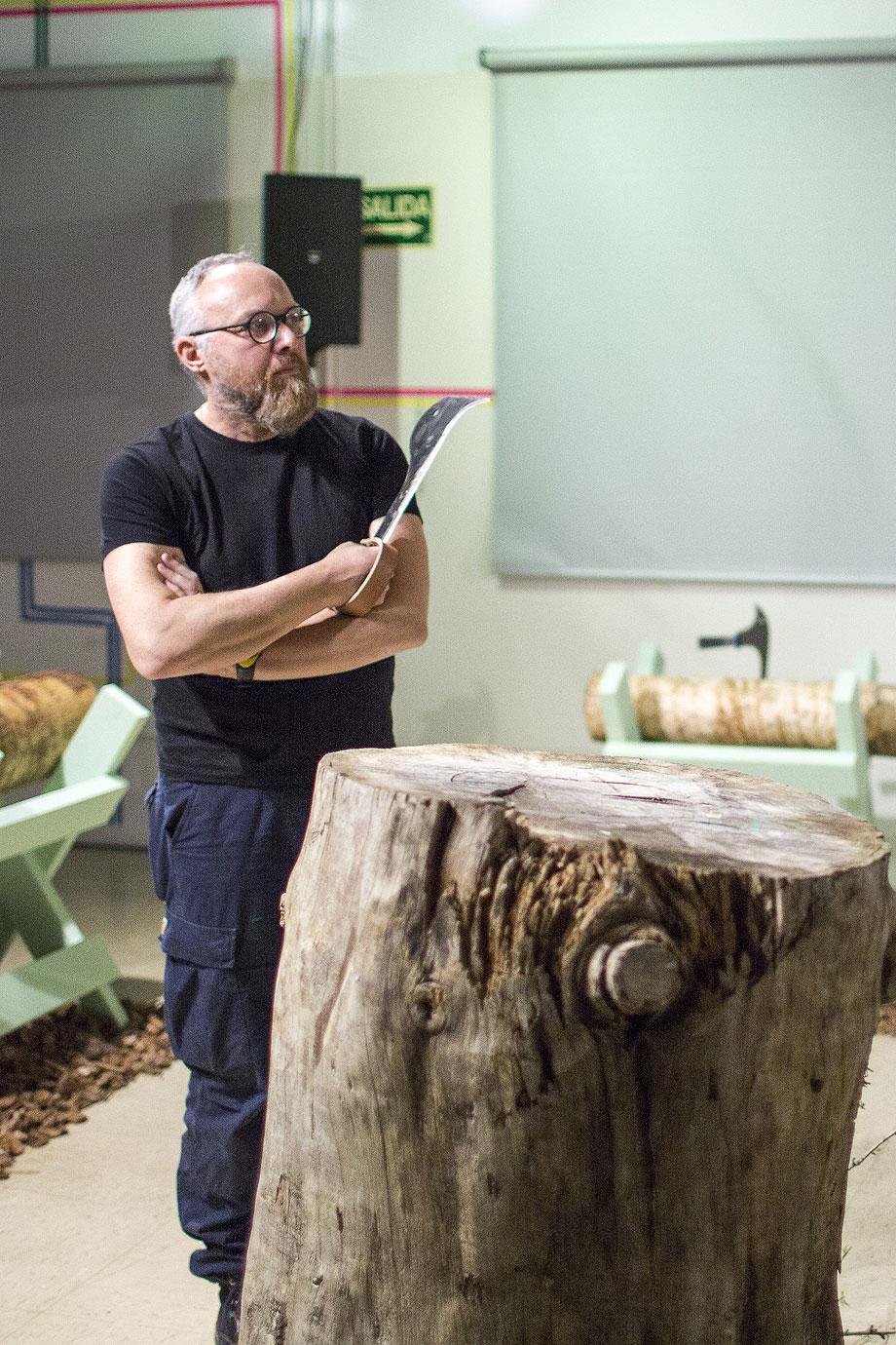 entrevista giulio iacchetti en italian design day - retrato diego iñiguez