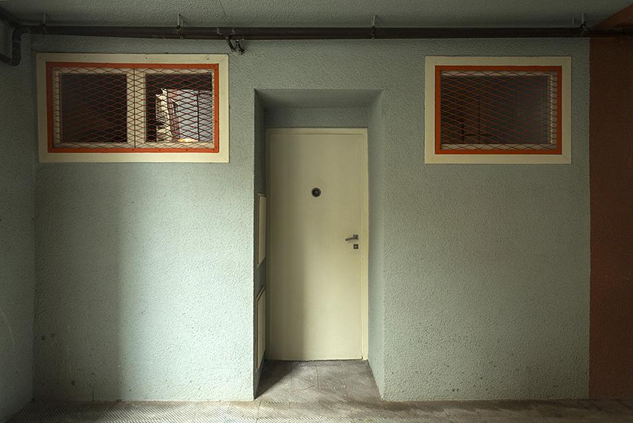 entrada piso museo casa bloc - foto xavi padros