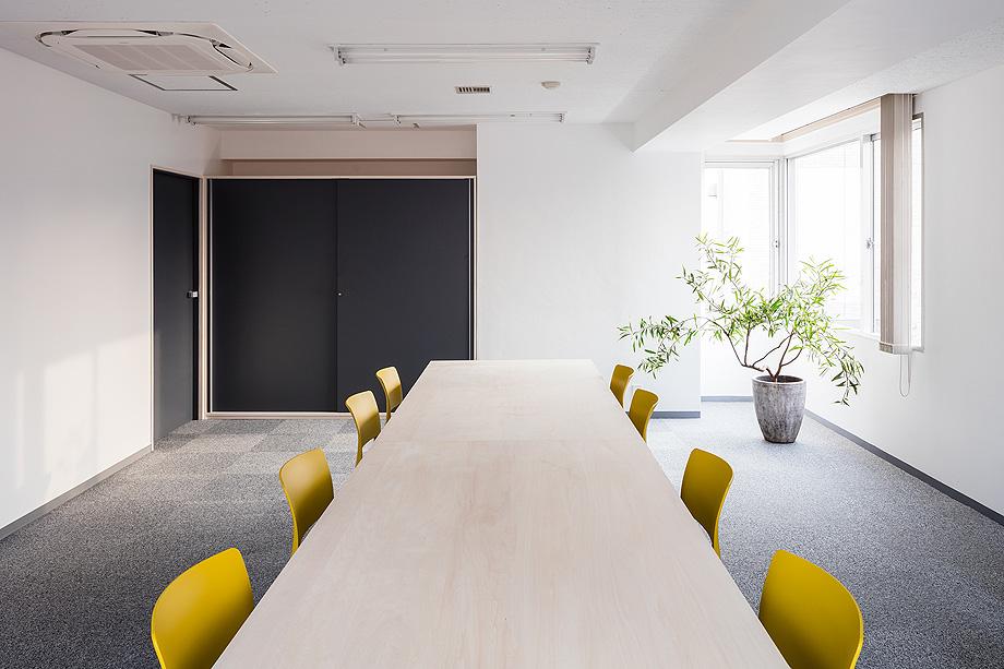 oficina y espacio de estudio de shimpei oda - foto norihito yamauchi (20)