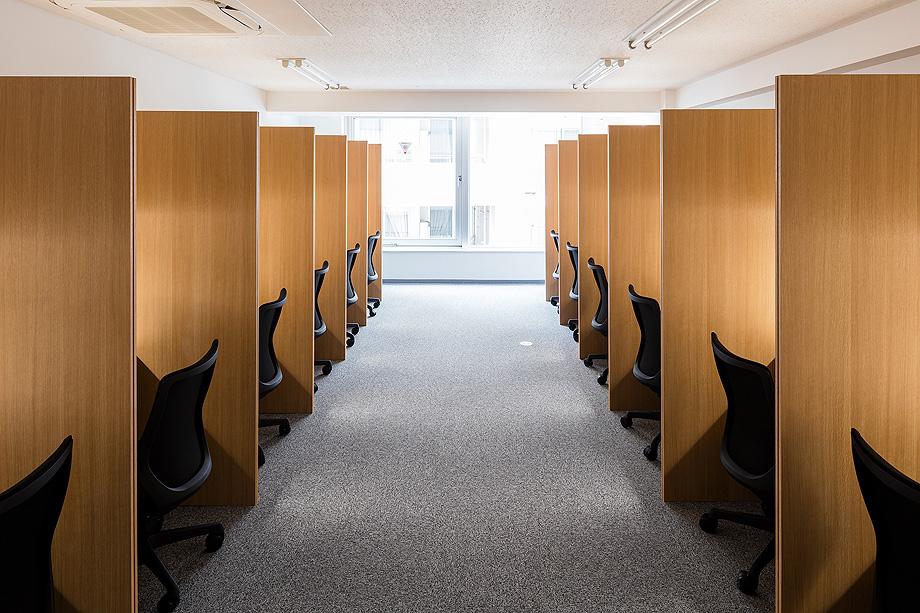 oficina y espacio de estudio de shimpei oda - foto norihito yamauchi (22)