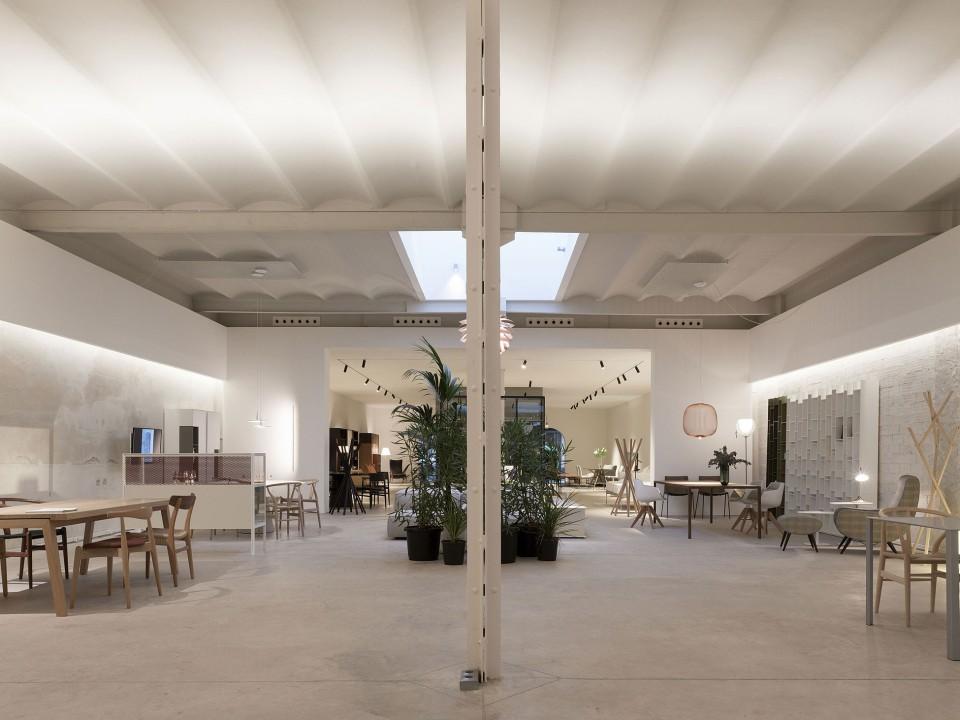 COSÍN SHOWROOM: Tras Más De Tres Décadas En El Centro De Valencia, Cosín  Estudio, El Despacho De Arquitectura, Interiorismo Y Diseño Que Dirige El  ...