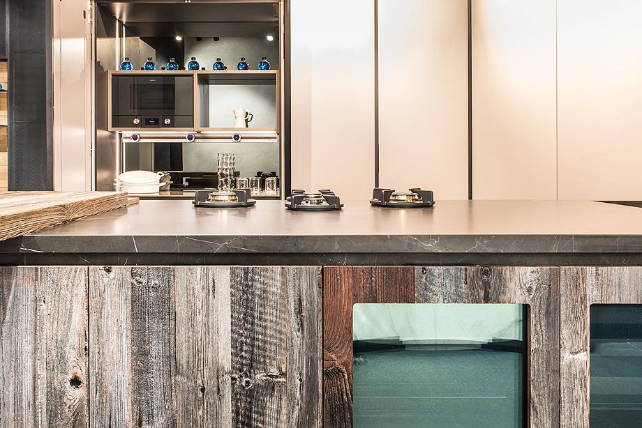 zona cocinas showroom azul acocsa barcelona 2018 (1)