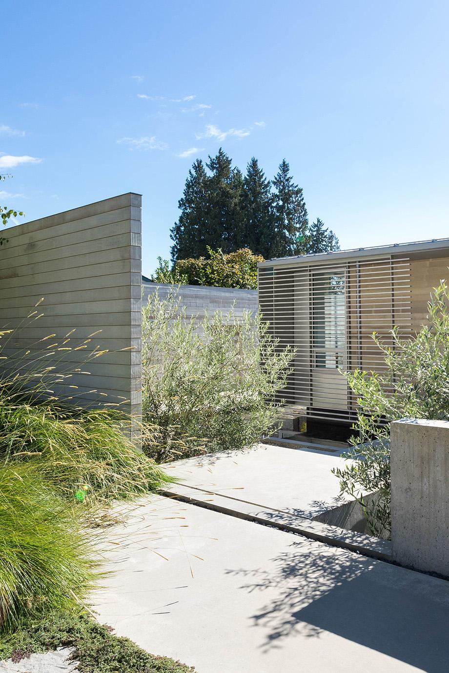 casa en vancouver de mcleod bovell modern houses - foto ema peter (1)