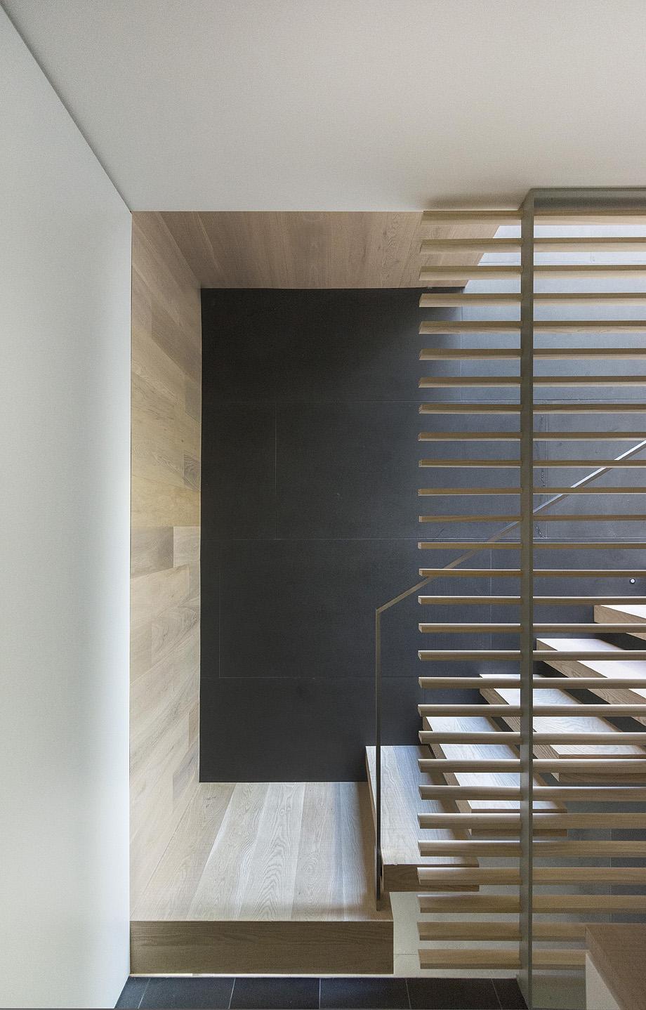 casa en vancouver de mcleod bovell modern houses - foto ema peter (11)