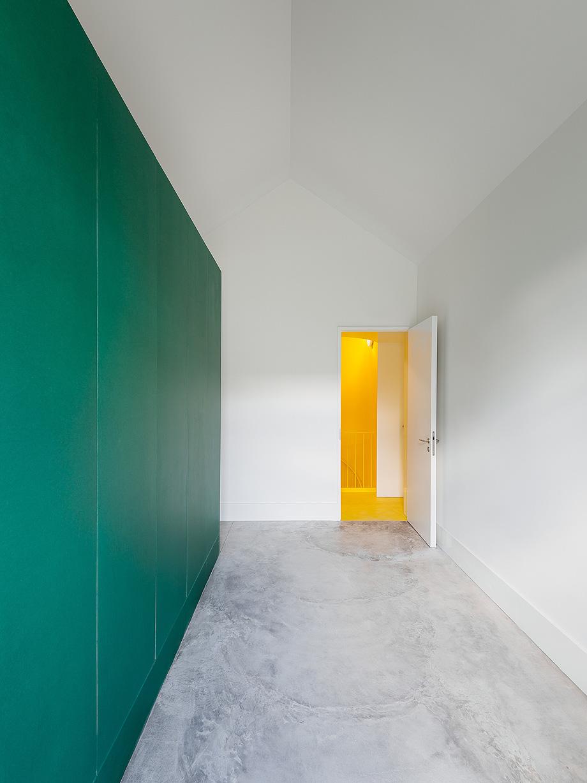hostel na parede de aurora arquitectos - foto do mal o menos (12)