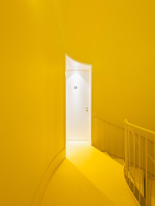 hostel na parede de aurora arquitectos - foto do mal o menos (19)