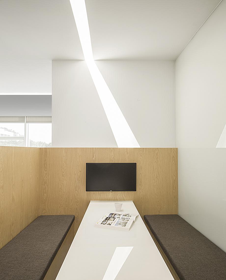 oficinas empresa farmaceutica por feeling design - foto wu wen (4)