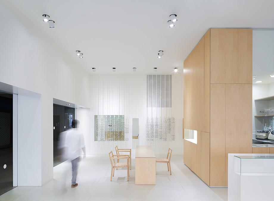 optica riojana arquitectura de blur arquitectura - foto antonio vazquez (2)