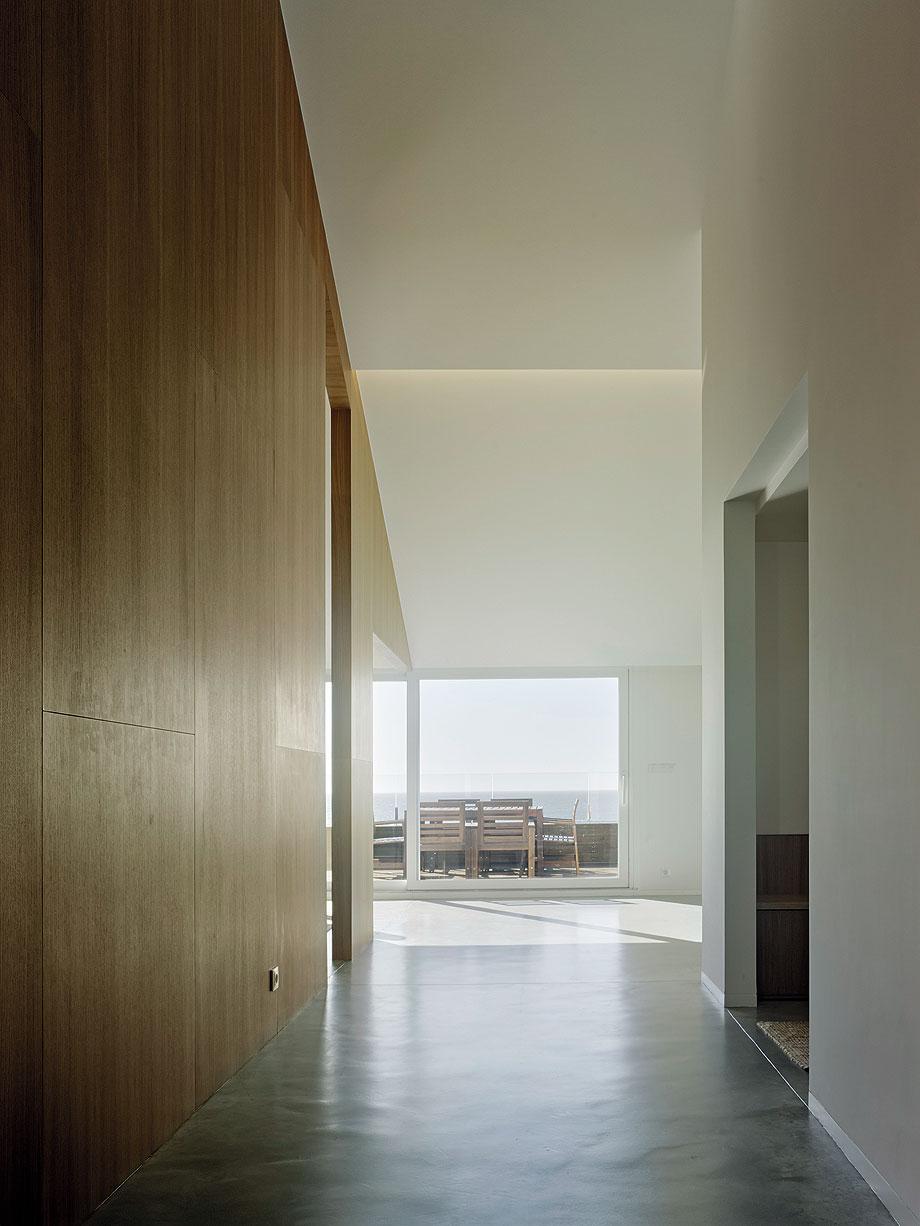 duplex en a guarda de castrofierro arquitectos - foto hector santos-diez (7)
