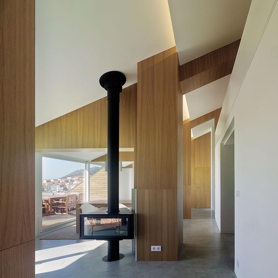duplex en a guarda de castrofierro arquitectos - foto hector santos-diez (9)