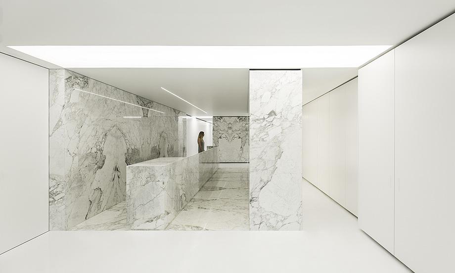 petra. the stone atelier de fran navarro arquitectos y alfaro hofmann (1)