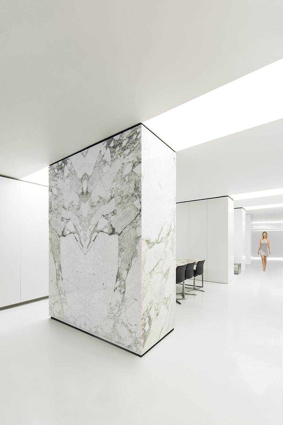 petra. the stone atelier de fran navarro arquitectos y alfaro hofmann (2)