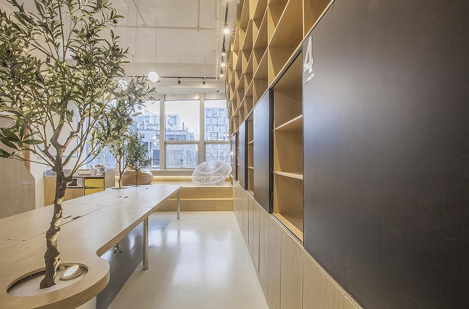oficina con plantas de towodesign - foto towodesign (2)