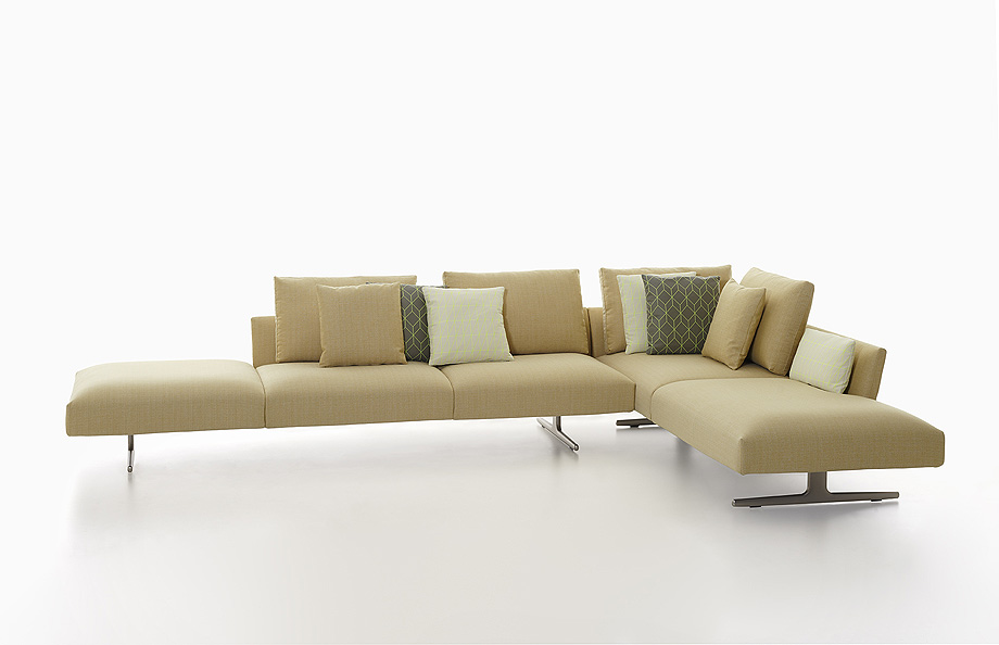 sofa hiro de damian williamson y zanotta - foto miro zagnoli (3)