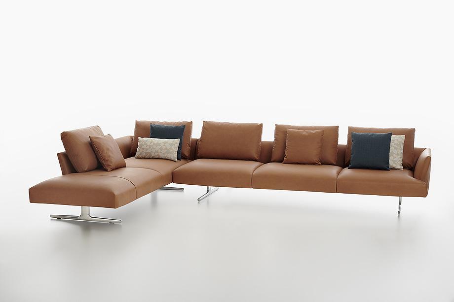 sofa hiro de damian williamson y zanotta - foto miro zagnoli (4)