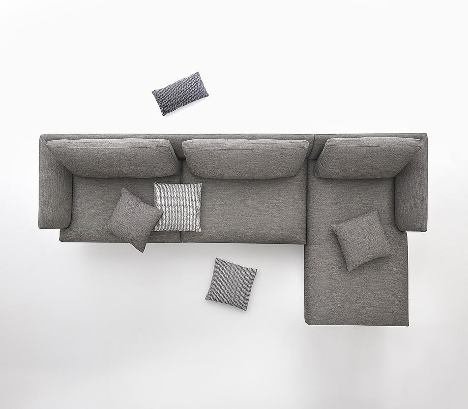 sofa hiro de damian williamson y zanotta - foto miro zagnoli (5)