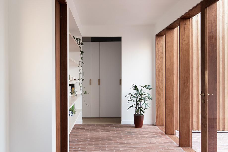 three piece house de trias - foto benjamin hosking (2)