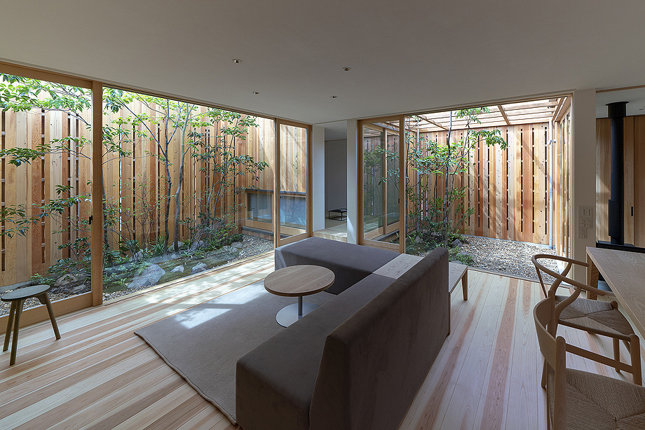 casa en akashi de arbol - foto yasunori shimomura (13)