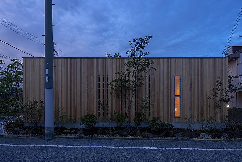casa en akashi de arbol - foto yasunori shimomura (19)