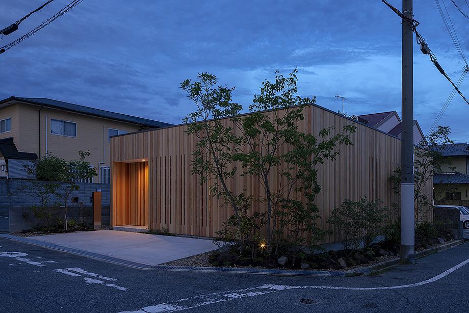 casa en akashi de arbol - foto yasunori shimomura (20)