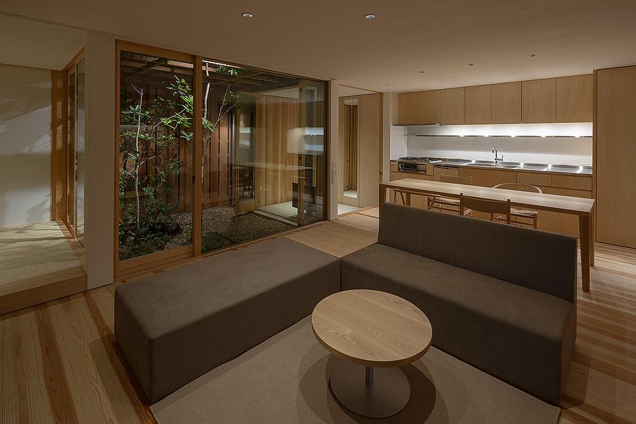 casa en akashi de arbol - foto yasunori shimomura (23)