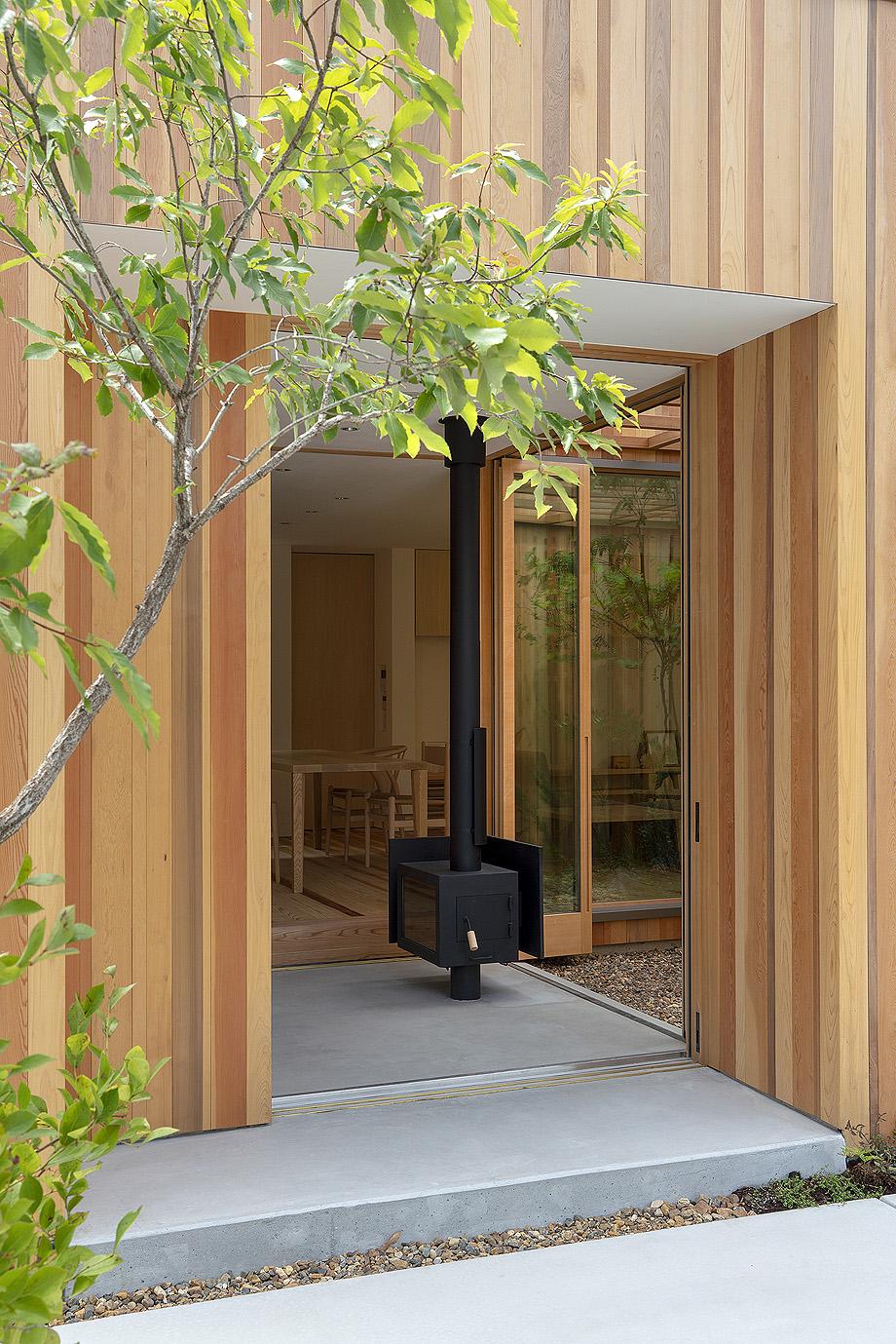 casa en akashi de arbol - foto yasunori shimomura (4)