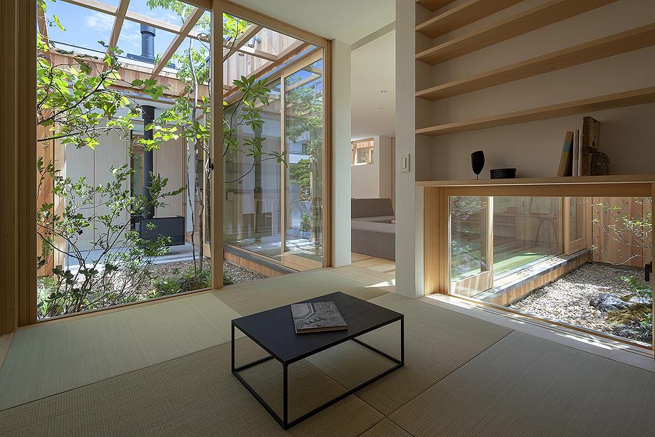 casa en akashi de arbol - foto yasunori shimomura (6)