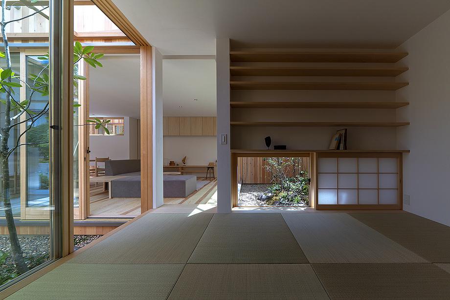 casa en akashi de arbol - foto yasunori shimomura (8)