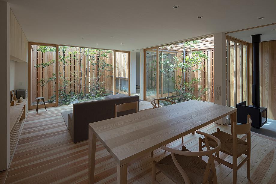 casa en akashi de arbol - foto yasunori shimomura (9)